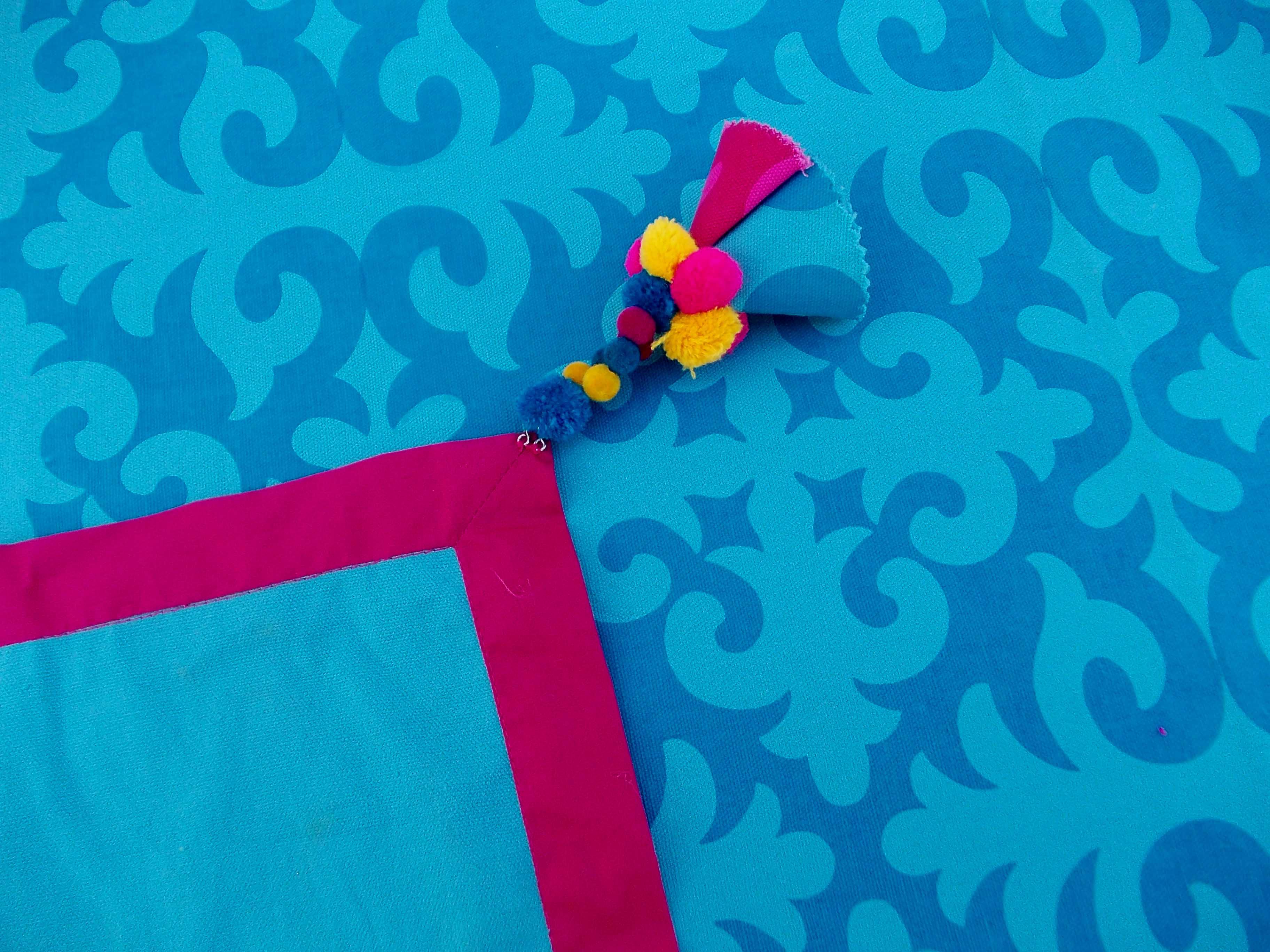 Cotton Tassel - removable - Blue