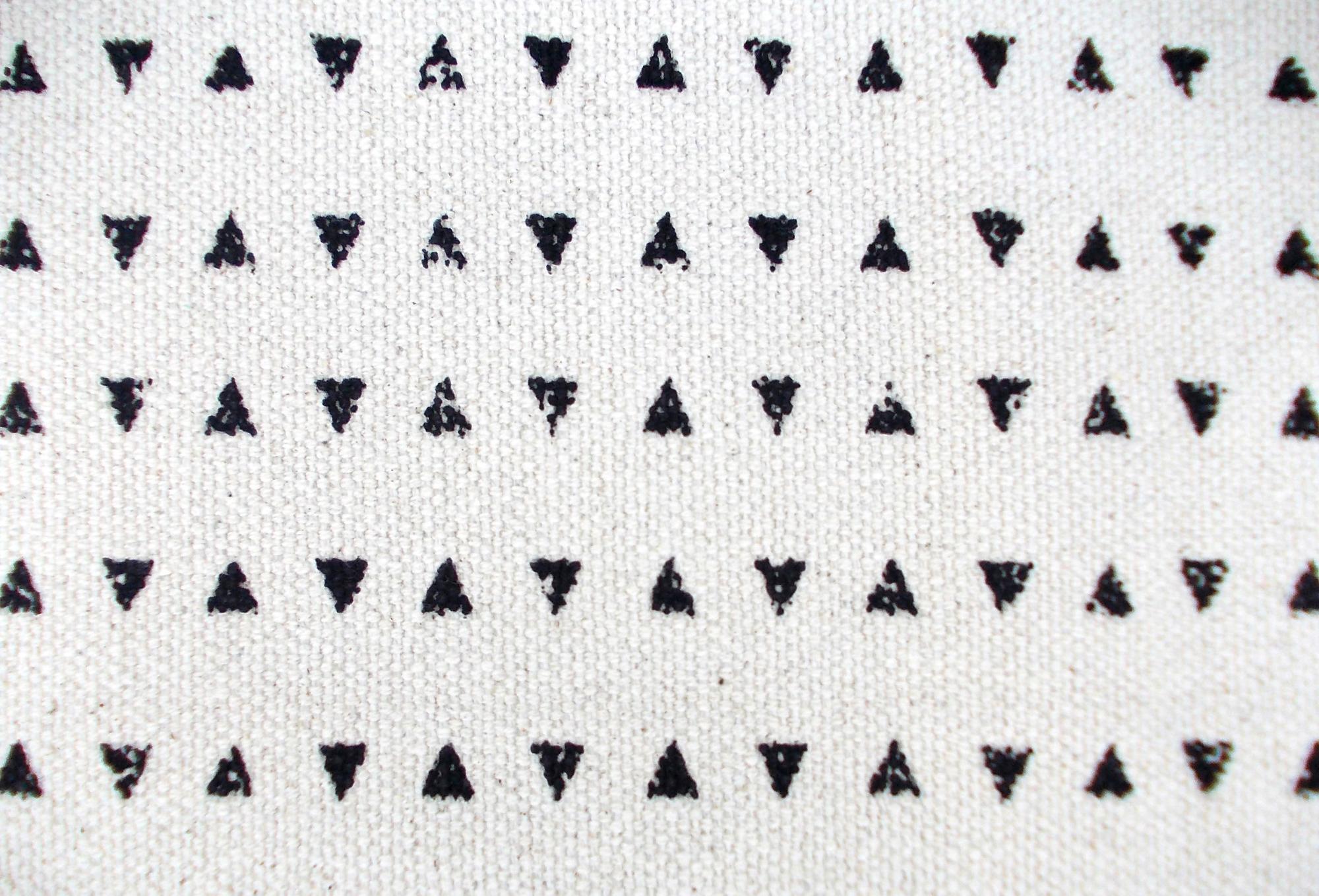 Aztec cotton rug, black and white, geometrical, navajo print, bohemian, tribal, 100% cotton, size 24X36 inches
