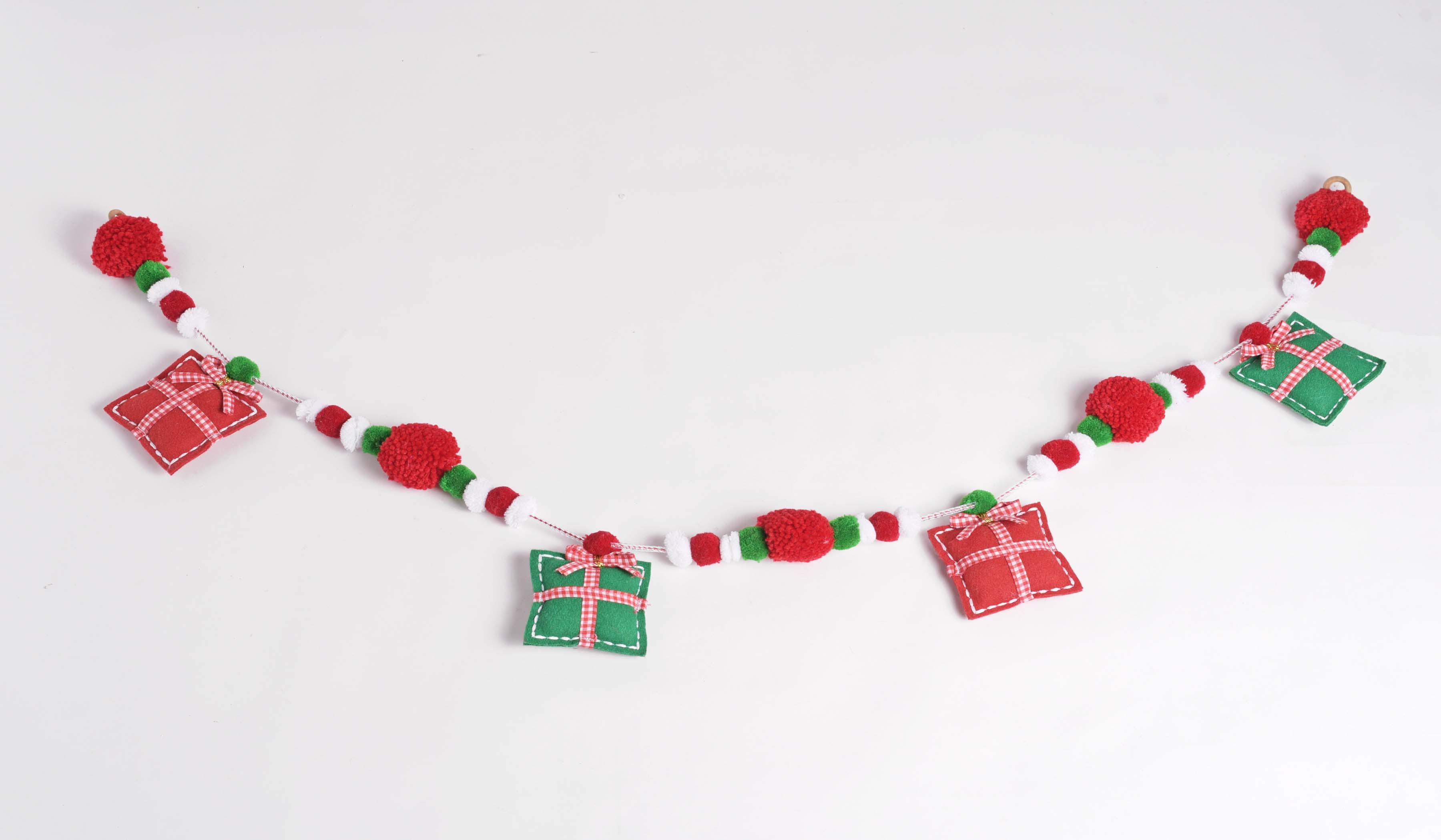 Christmas decor, Pompom garland, gift garland, handmade, holiday decor, home decor, size 1 mt